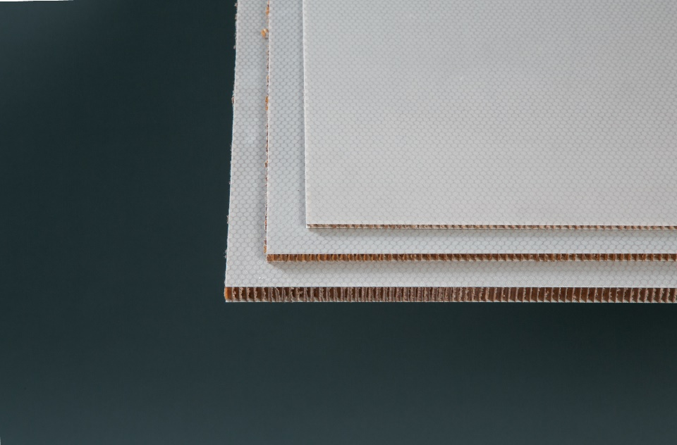 ".125"" x 48"" x 48"" FG 3 Ply/Honeycomb, 2 PCF Sandwich Panel"